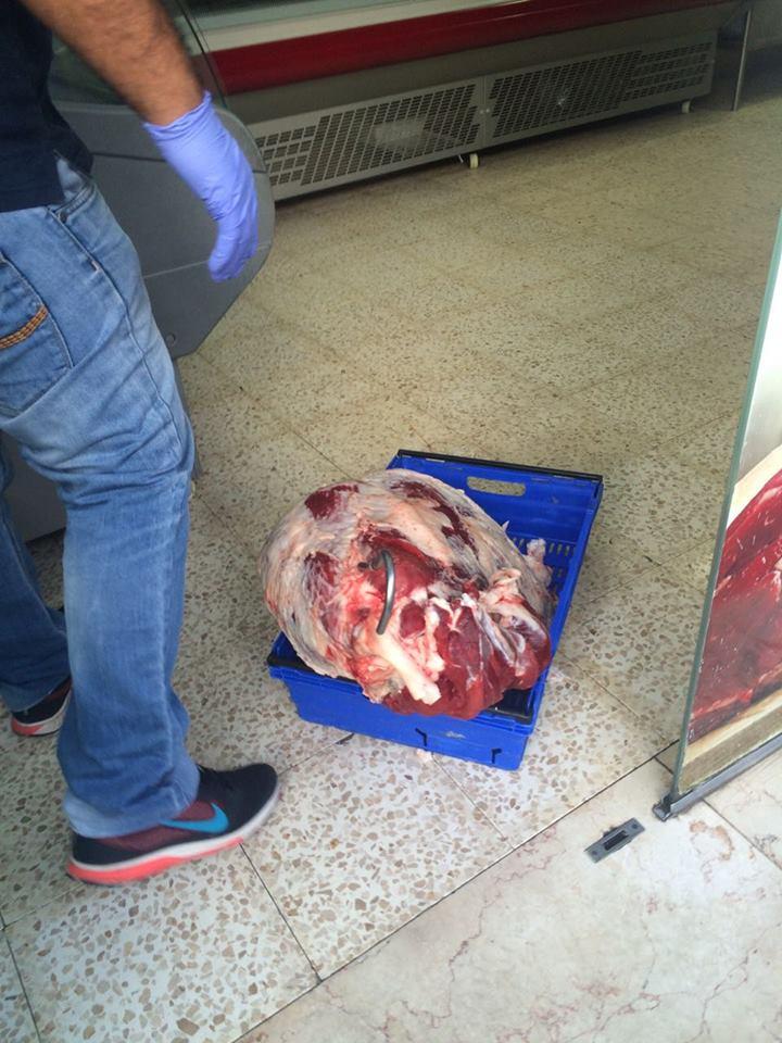 עראבה: כ-1.5 טון בשר משחיטה שחורה נמצאו ברפת ואטליז