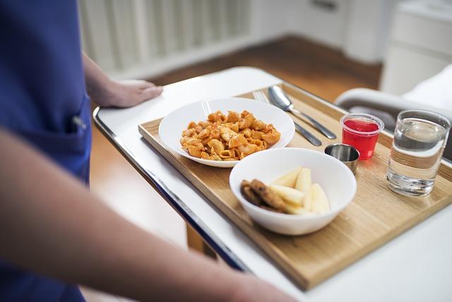 קליפורניה: הצעת חוק חדשה תחייב גופים ציבוריים להגיש ארוחות טבעוניות