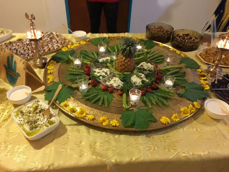 קערת החג בצורת מנדלת שפע ופריון