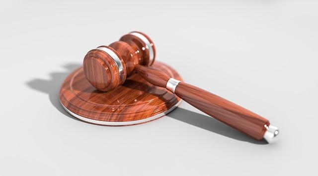 זוגלובק נגד שטרן: חברת הנקניקים הגישה בקשה למניעת פרסום