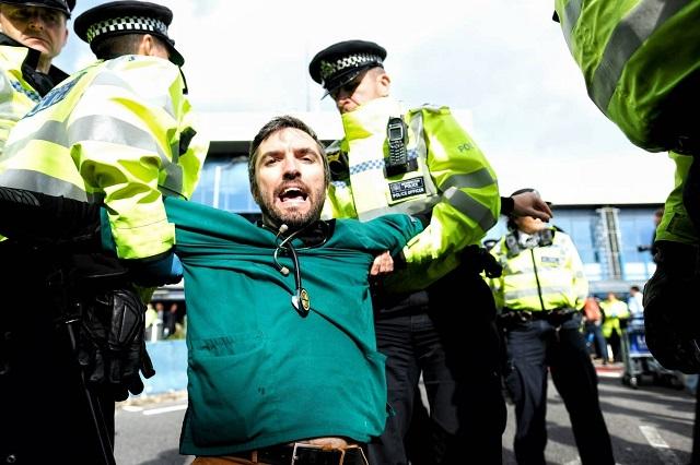 משטרת לונדון הזמינה מספר שיא של ארוחות טבעוניות בשביל עצורי הפגנות