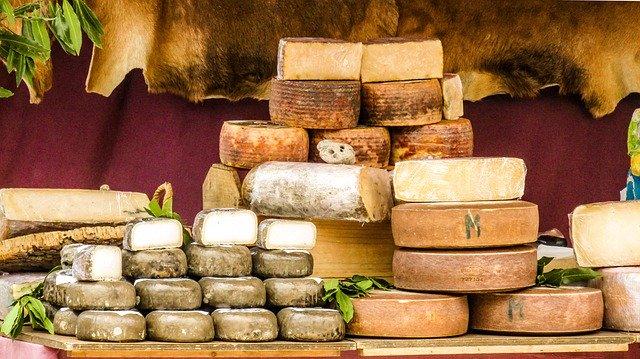 רופאים תובעים את ממשלת ארצות הברית על שהתעלמה מקריאה להצמיד אזהרת סרטן על גבינות