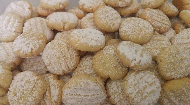 עוגיות חמאת קשיו ובננה