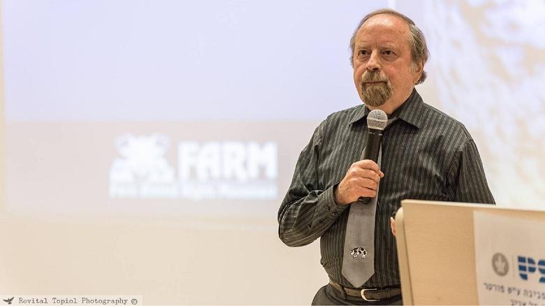 אלכס הרשפט: מגטו ורשה למאבק למען זכויות בעלי חיים